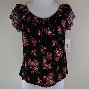No Boundaries Size Small (3-5) Textured Blouse NWT